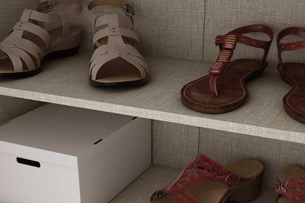 Conjunto Cama Box Univcersal CRC + Colchão Orthoflex D33 Comfortpedic Line (INMETRO) Bege + Armário Multiuso Henn Margarida  c/ 2 Portas e 6 Prateleiras